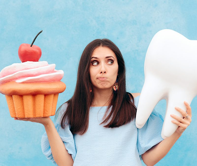 Here's Why Sweets and Perfect Teeth Don't Match